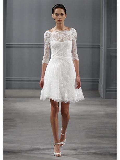korte kanten trouwjurk oudere bruid