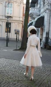 korte witte jurk met jasje