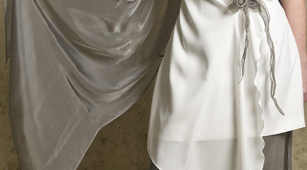 bruidsbroekpak grijs wit